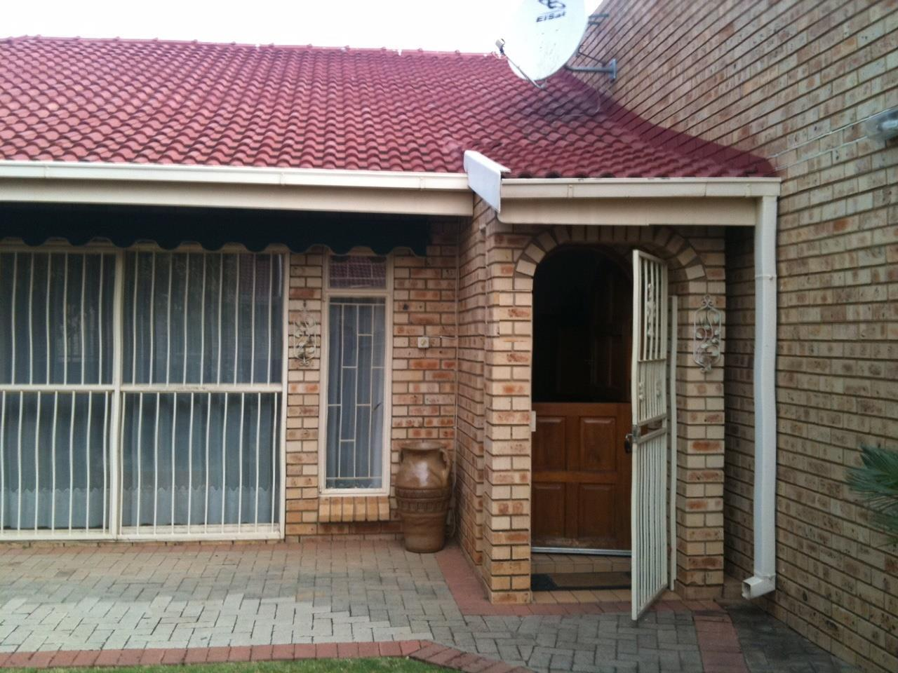 Potchefstroom, Kannoniers Park Property  | Houses For Sale Kannoniers Park, Kannoniers Park, Townhouse 3 bedrooms property for sale Price:1,075,000