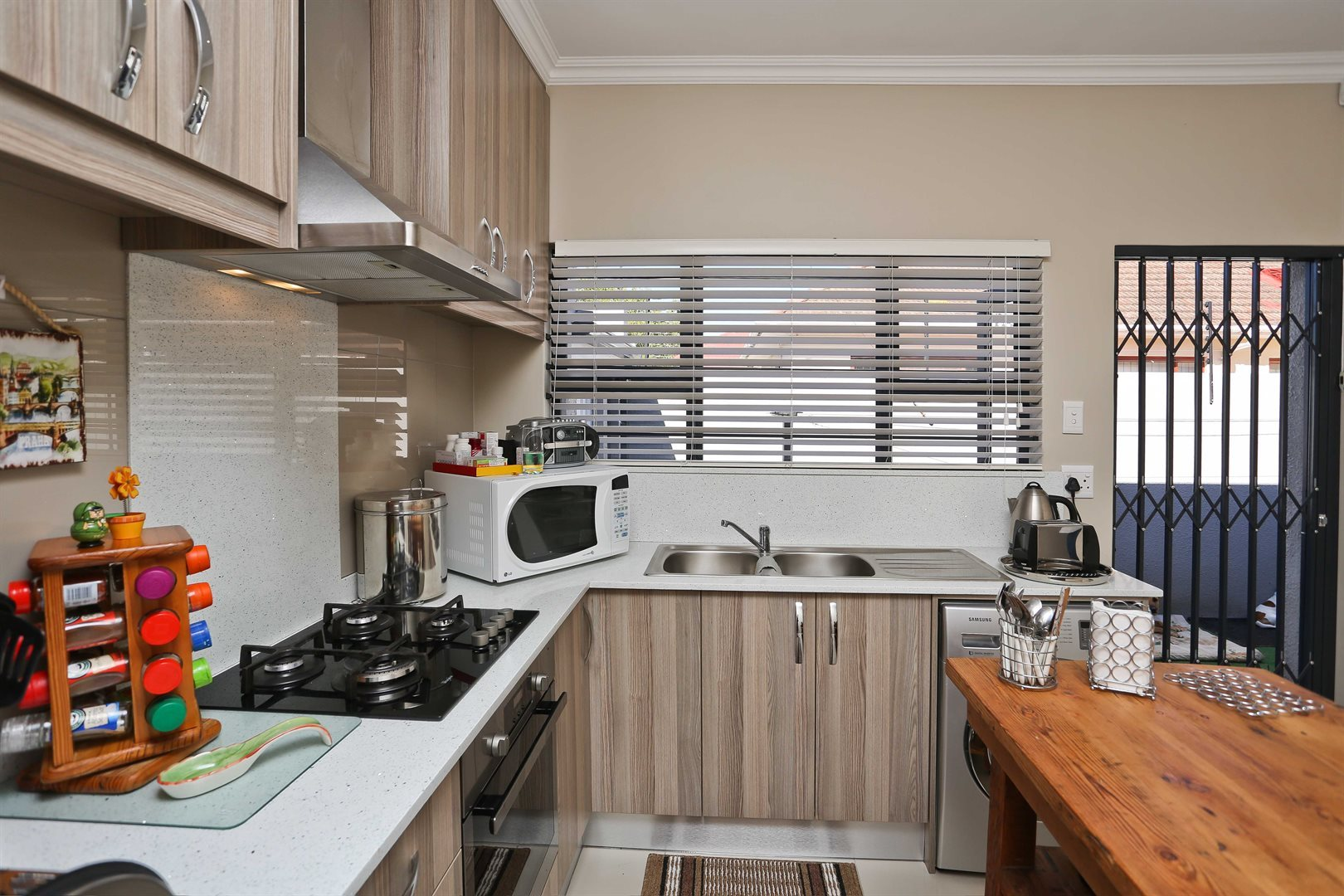 Plumstead property for sale. Ref No: 13581245. Picture no 26
