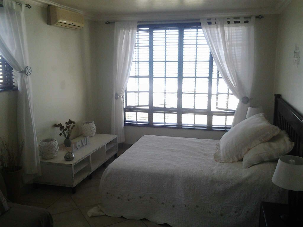 Uvongo property for sale. Ref No: 13306359. Picture no 17