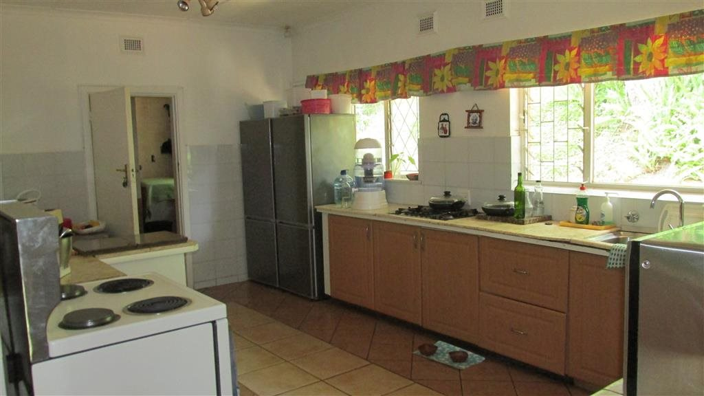 Ramsgate property for sale. Ref No: 13424418. Picture no 12