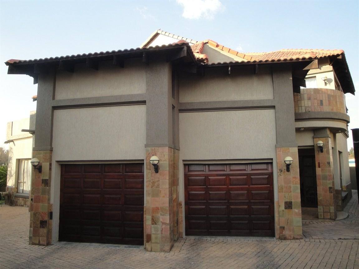Vanderbijlpark, Vanderbijlpark Sw5 Property    Houses For Sale Vanderbijlpark Sw5, Vanderbijlpark Sw5, House 7 bedrooms property for sale Price:2,700,000
