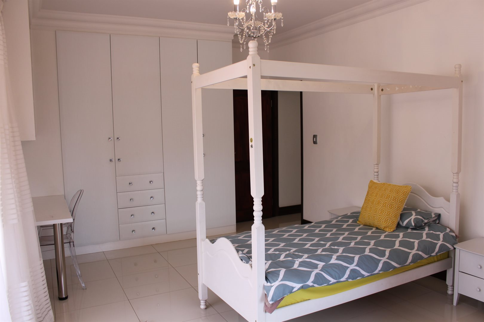 Waterkloof Ridge property for sale. Ref No: 13565299. Picture no 31