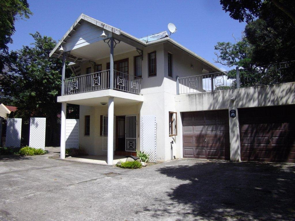 Property and Houses for sale in Leisure Bay, House, 4 Bedrooms - ZAR 2,200,000