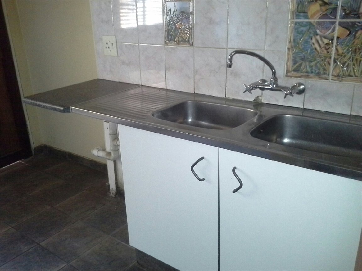 Arcon Park property for sale. Ref No: 12798056. Picture no 4