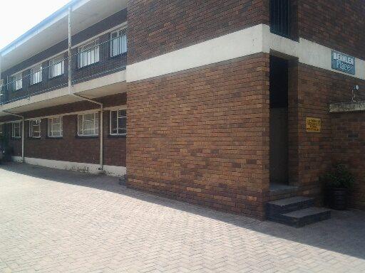 Vereeniging property for sale. Ref No: 12765246. Picture no 9
