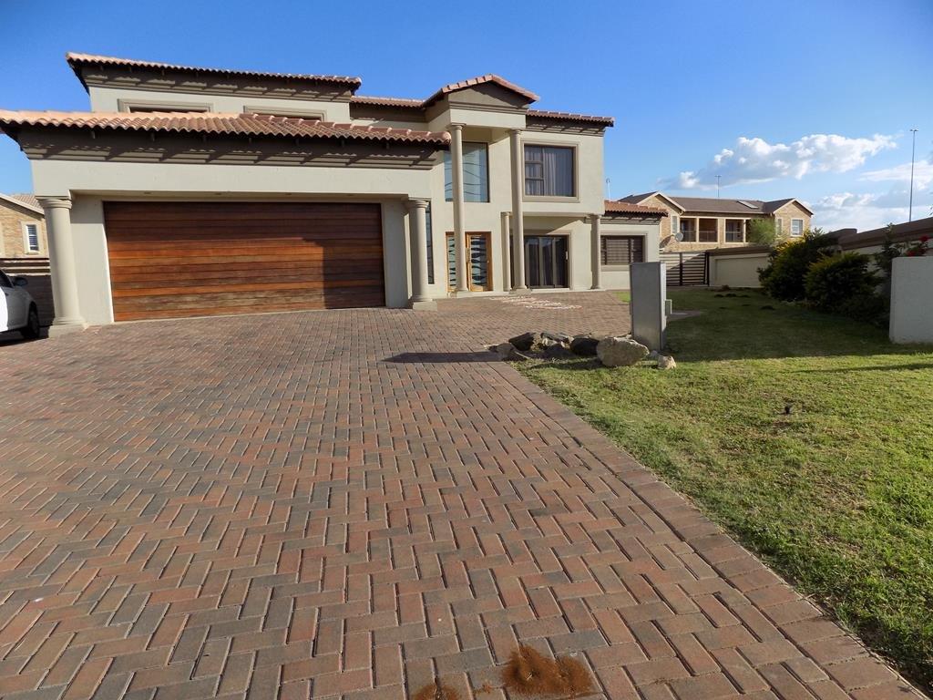 Centurion, Heuwelsig Estate Property  | Houses For Sale Heuwelsig Estate, Heuwelsig Estate, House 4 bedrooms property for sale Price:4,125,000