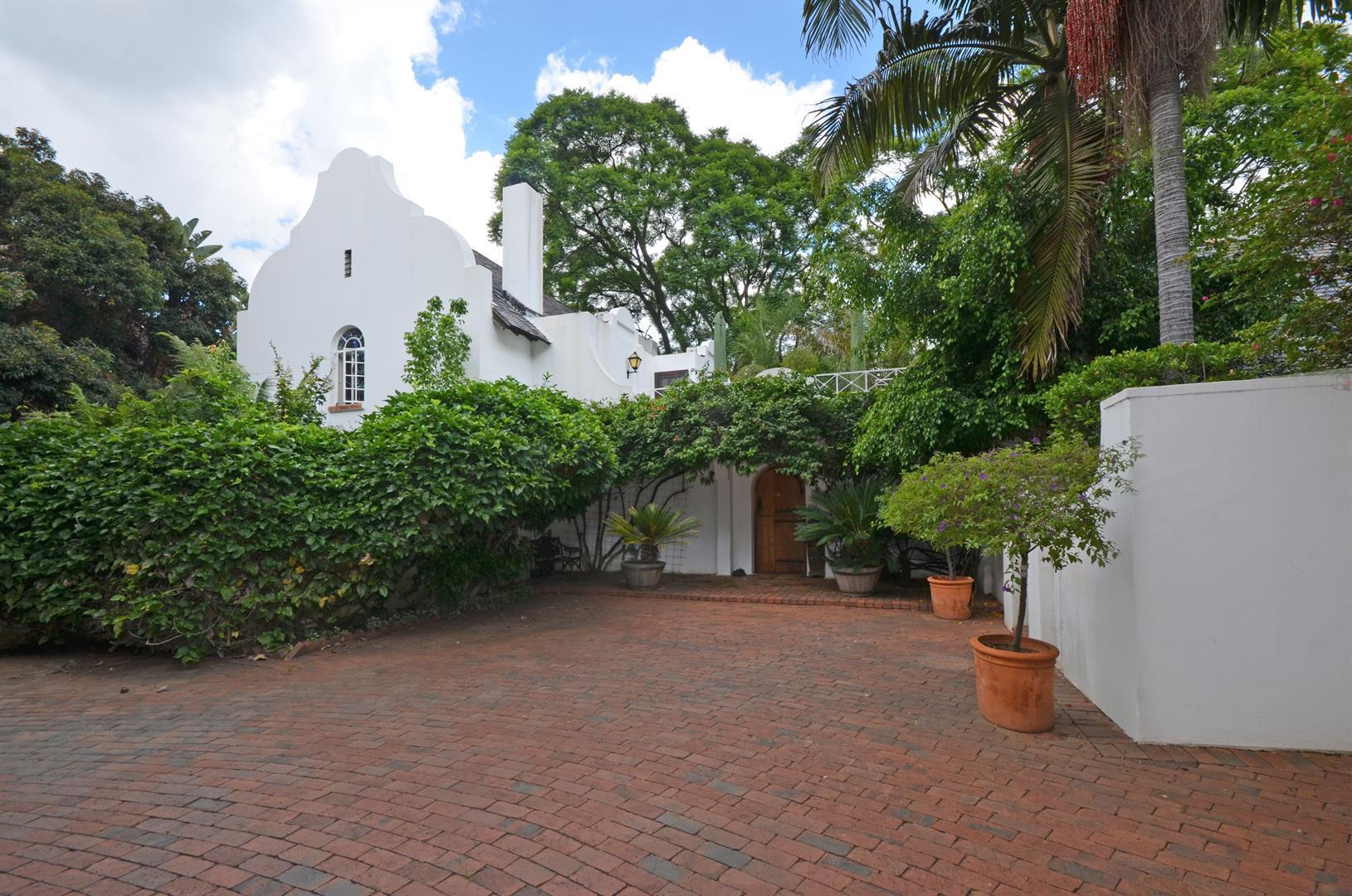 Sandton, Illovo Property    Houses To Rent Illovo, Illovo, House 3 bedrooms property to rent Price:, 40,00*