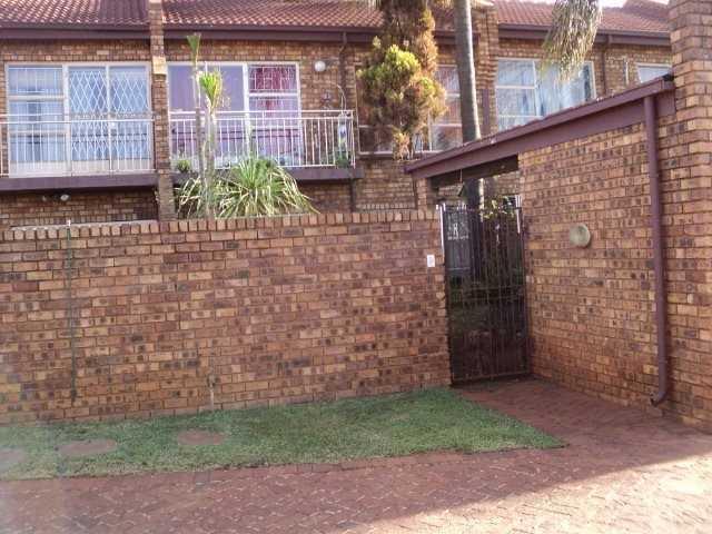 Dorandia property for sale. Ref No: 13567184. Picture no 6