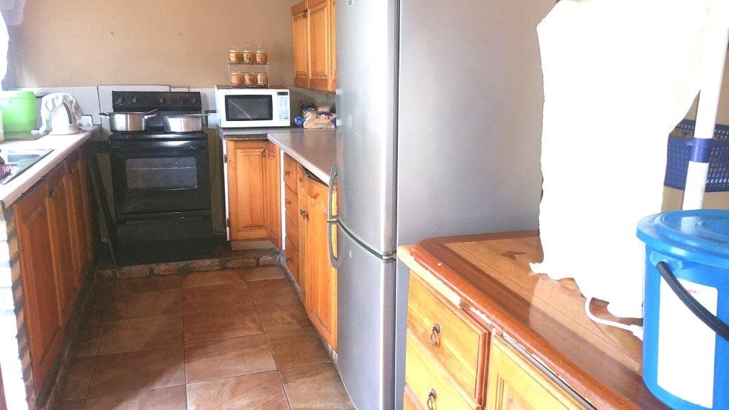 Margate property for sale. Ref No: 13254901. Picture no 4