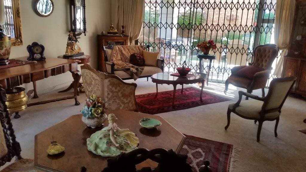 Three Rivers Proper property for sale. Ref No: 12794036. Picture no 4