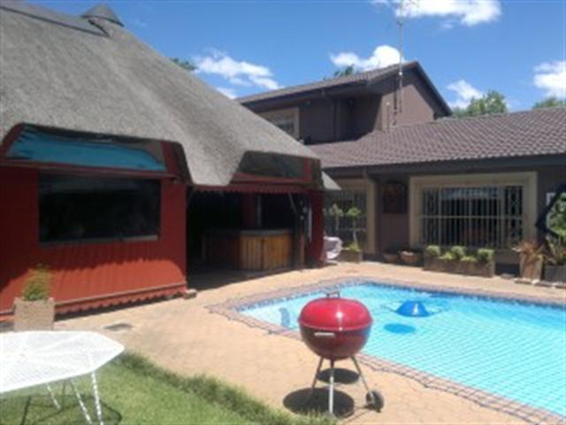Vereeniging, Panorama Property  | Houses For Sale Panorama, Panorama, Farms 5 bedrooms property for sale Price:3,200,000