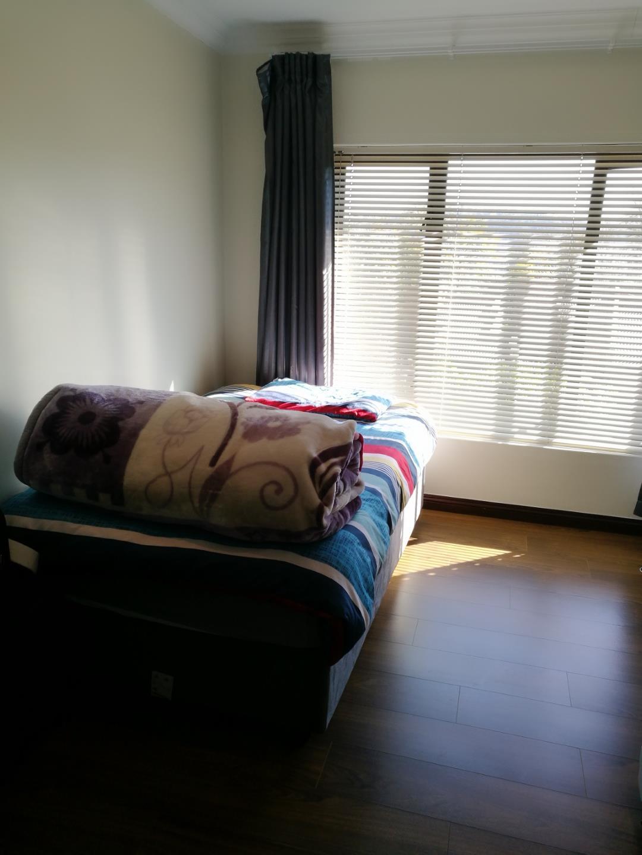 Glenvista property for sale. Ref No: 13524981. Picture no 7