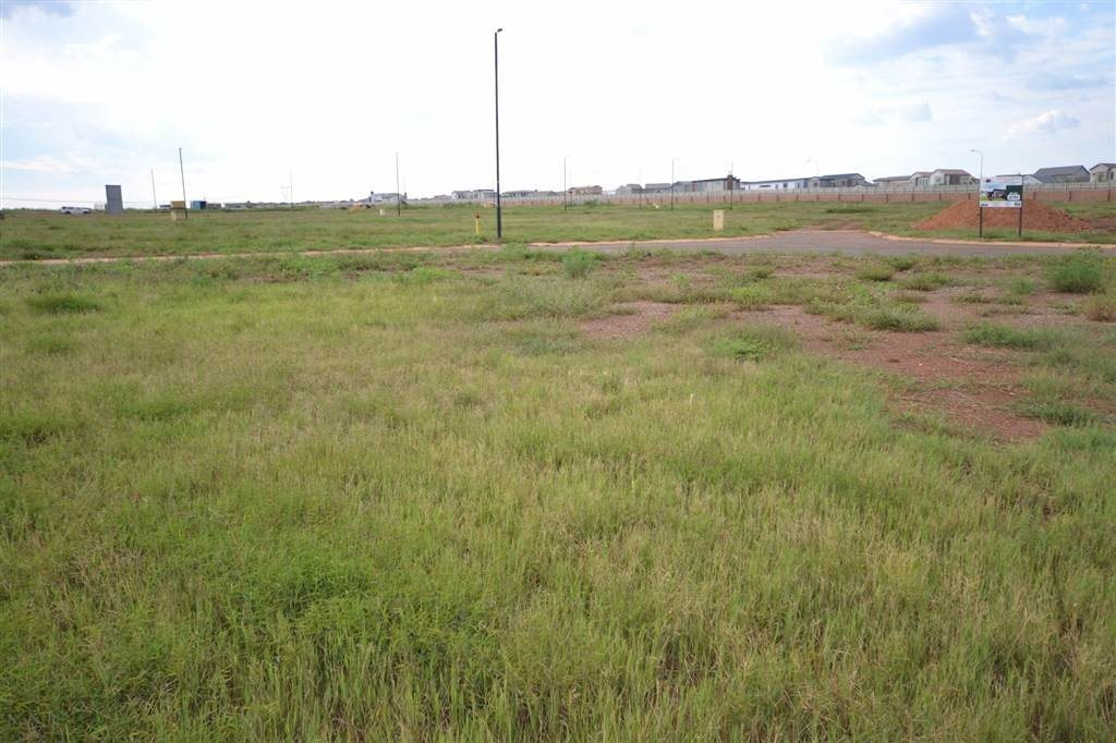 Midstream Meadows property for sale. Ref No: 13474302. Picture no 3
