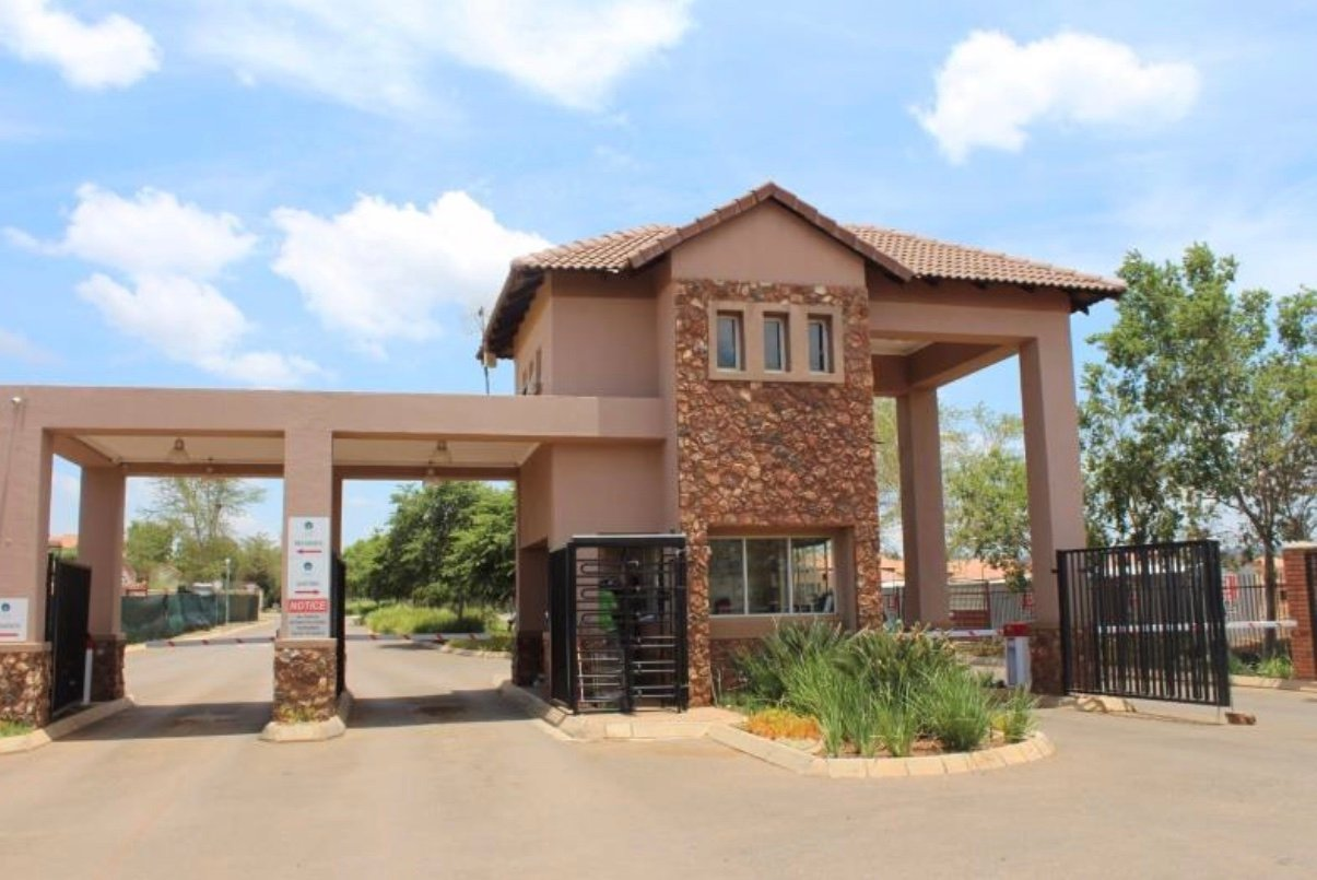 Pretoria, Oukraal Estate Property  | Houses For Sale Oukraal Estate, Oukraal Estate, House 1 bedrooms property for sale Price:460,000