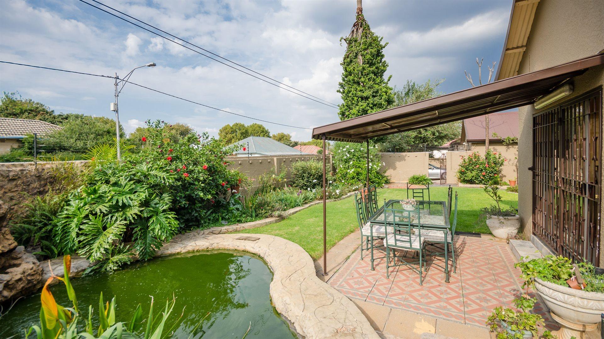 Johannesburg, Sydenham Property  | Houses For Sale Sydenham, Sydenham, House 5 bedrooms property for sale Price:1,980,000