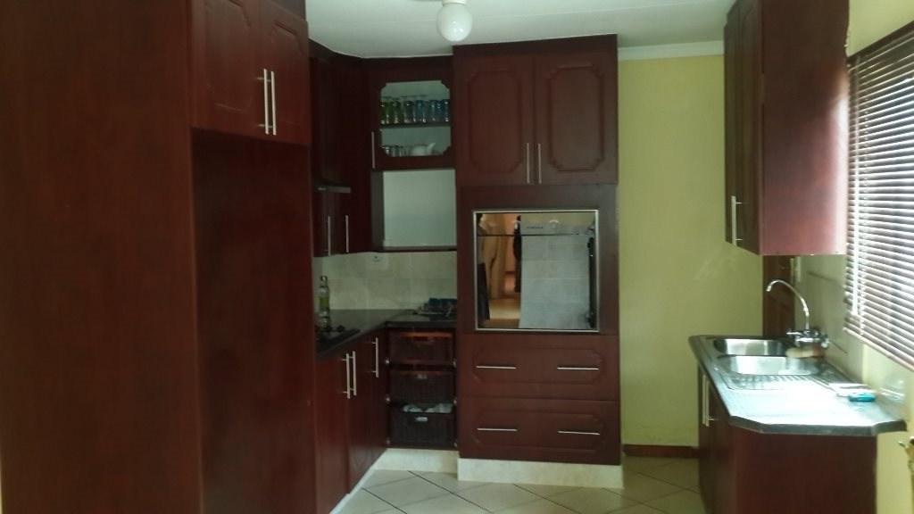 The Orchards property to rent. Ref No: 13571412. Picture no 13