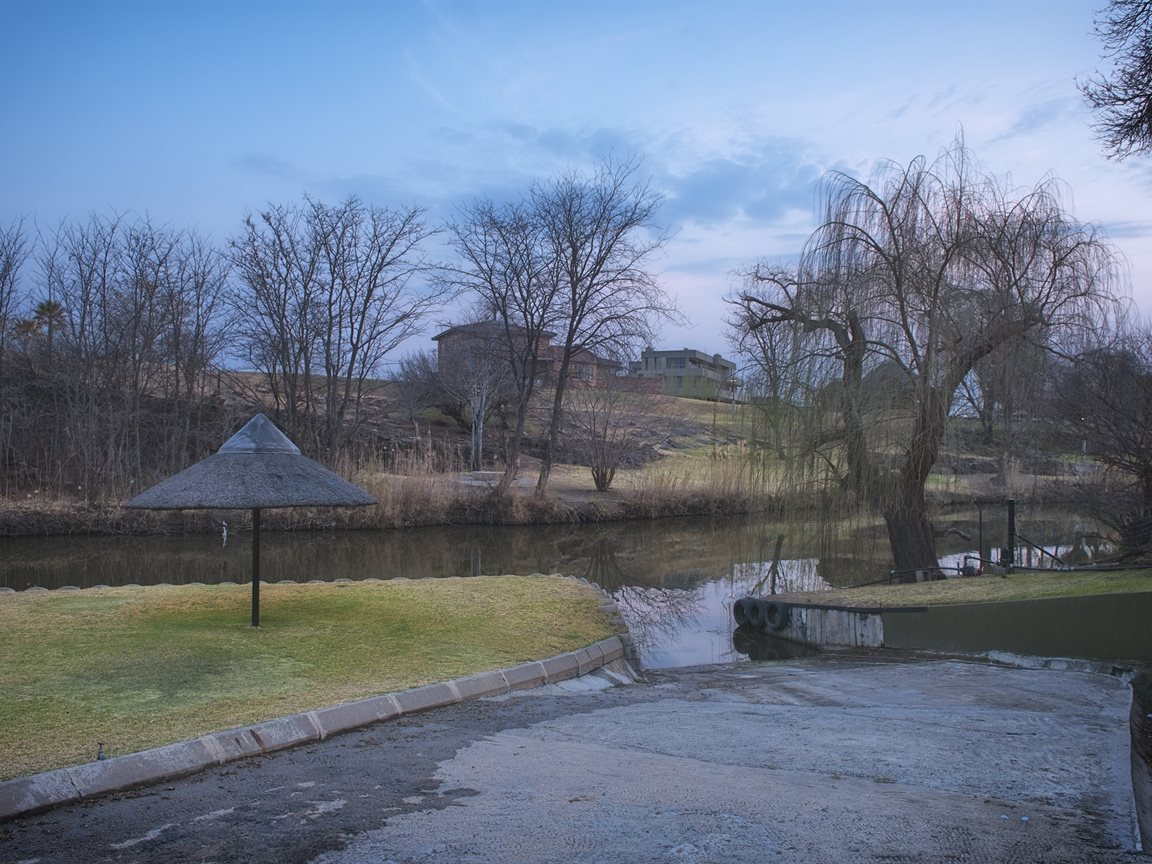 Three Rivers East property for sale. Ref No: 13240975. Picture no 51
