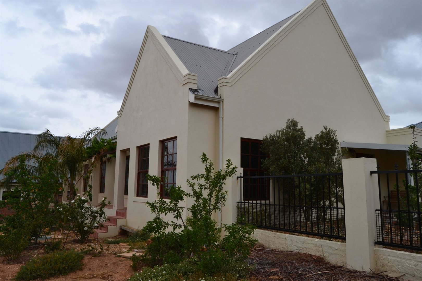 Property and Houses for sale in Fairway Heights, House, 3 Bedrooms - ZAR 1,740,000