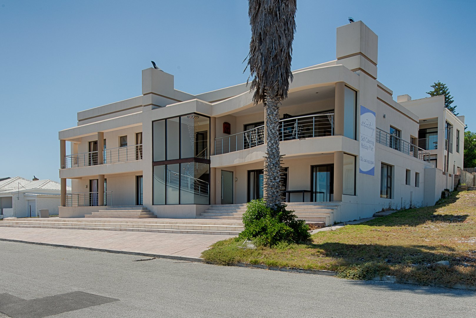 Yzerfontein property for sale. Ref No: 13543047. Picture no 2