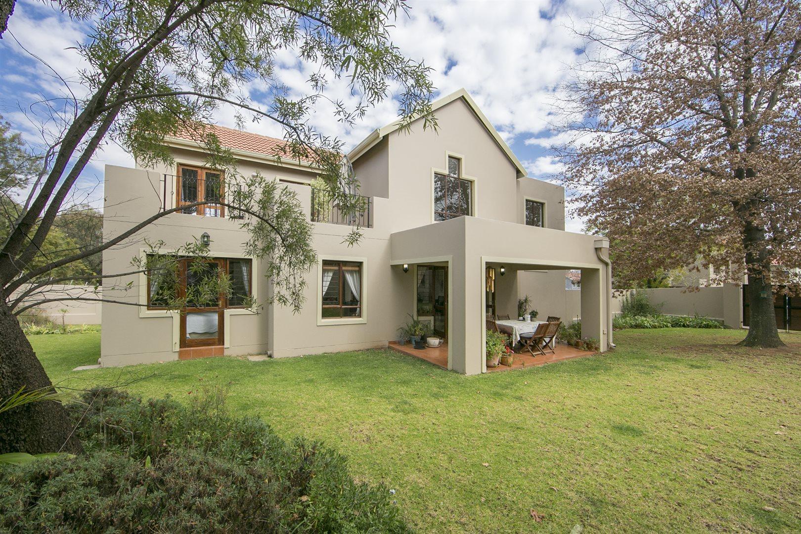 Sandton, Craigavon Property  | Houses For Sale Craigavon, Craigavon, House 3 bedrooms property for sale Price:2,595,000