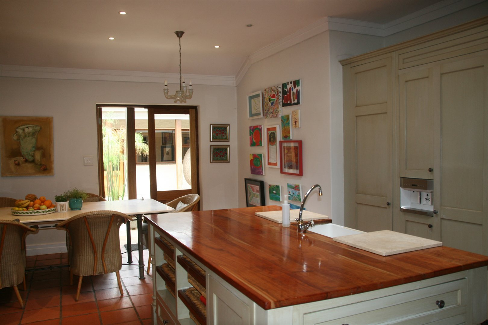 Melrose property for sale. Ref No: 13509301. Picture no 5