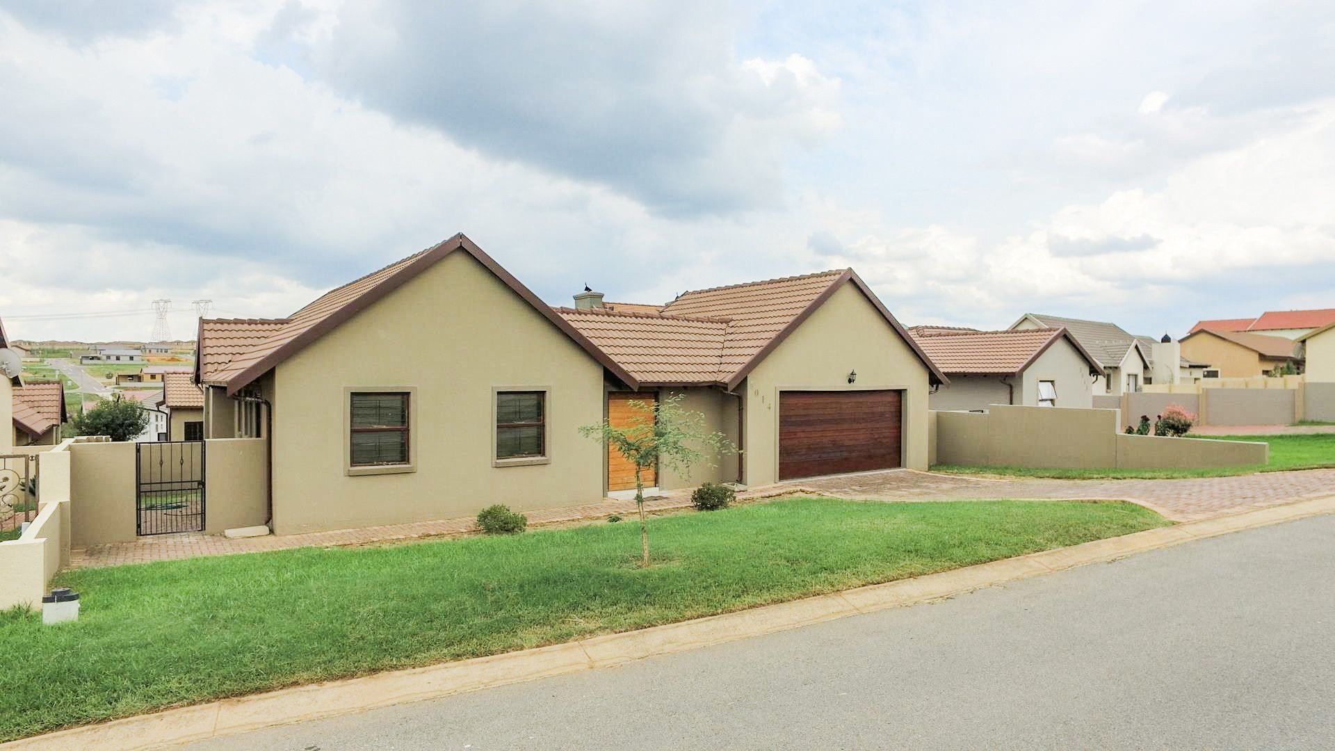 Centurion, Summerfields Estate Property  | Houses For Sale Summerfields Estate, Summerfields Estate, House 3 bedrooms property for sale Price:1,450,000
