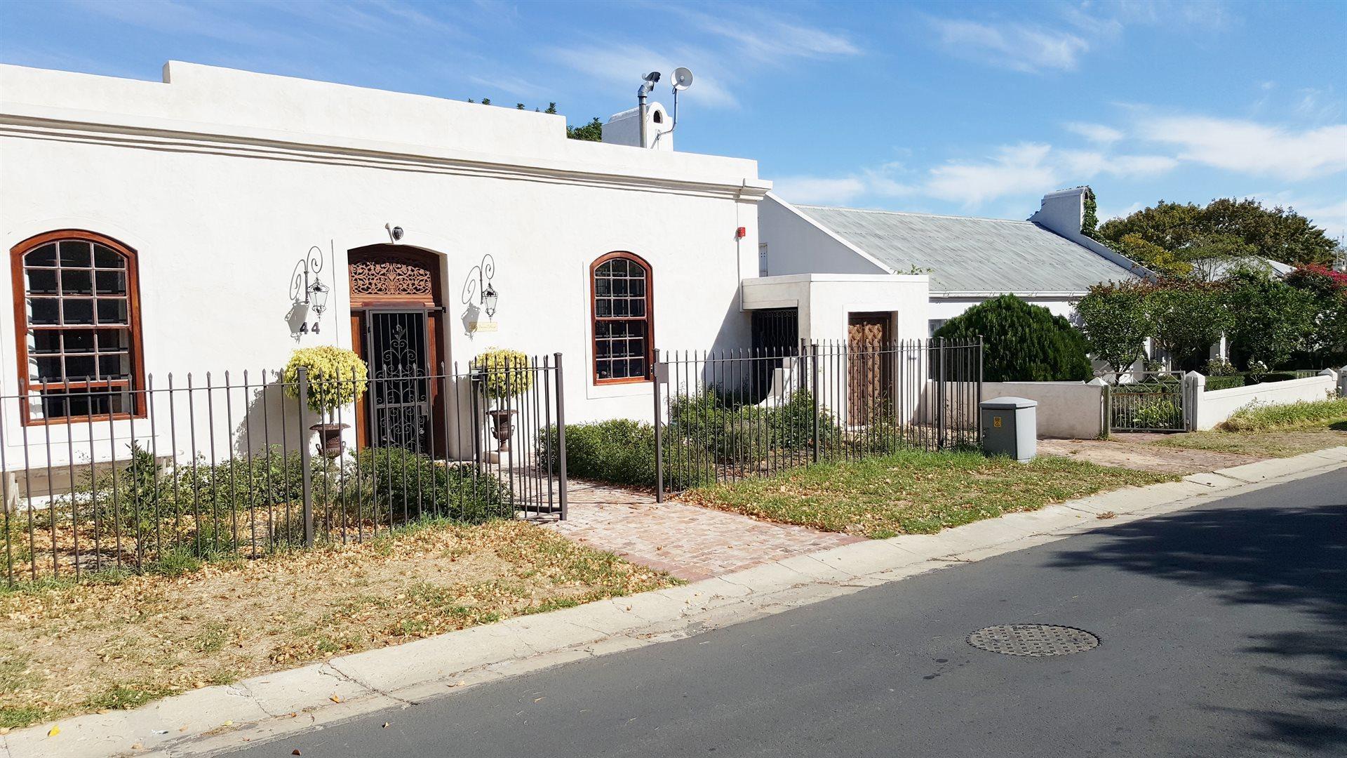 Franschhoek, Franschhoek Property    Houses To Rent Franschhoek, Franschhoek, House 2 bedrooms property to rent Price:, 23,00*