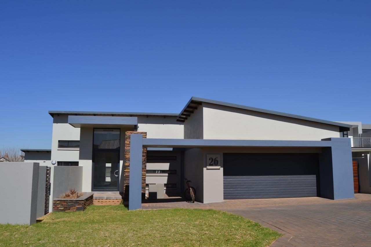 Midstream Ridge Estate property for sale. Ref No: 13500360. Picture no 2