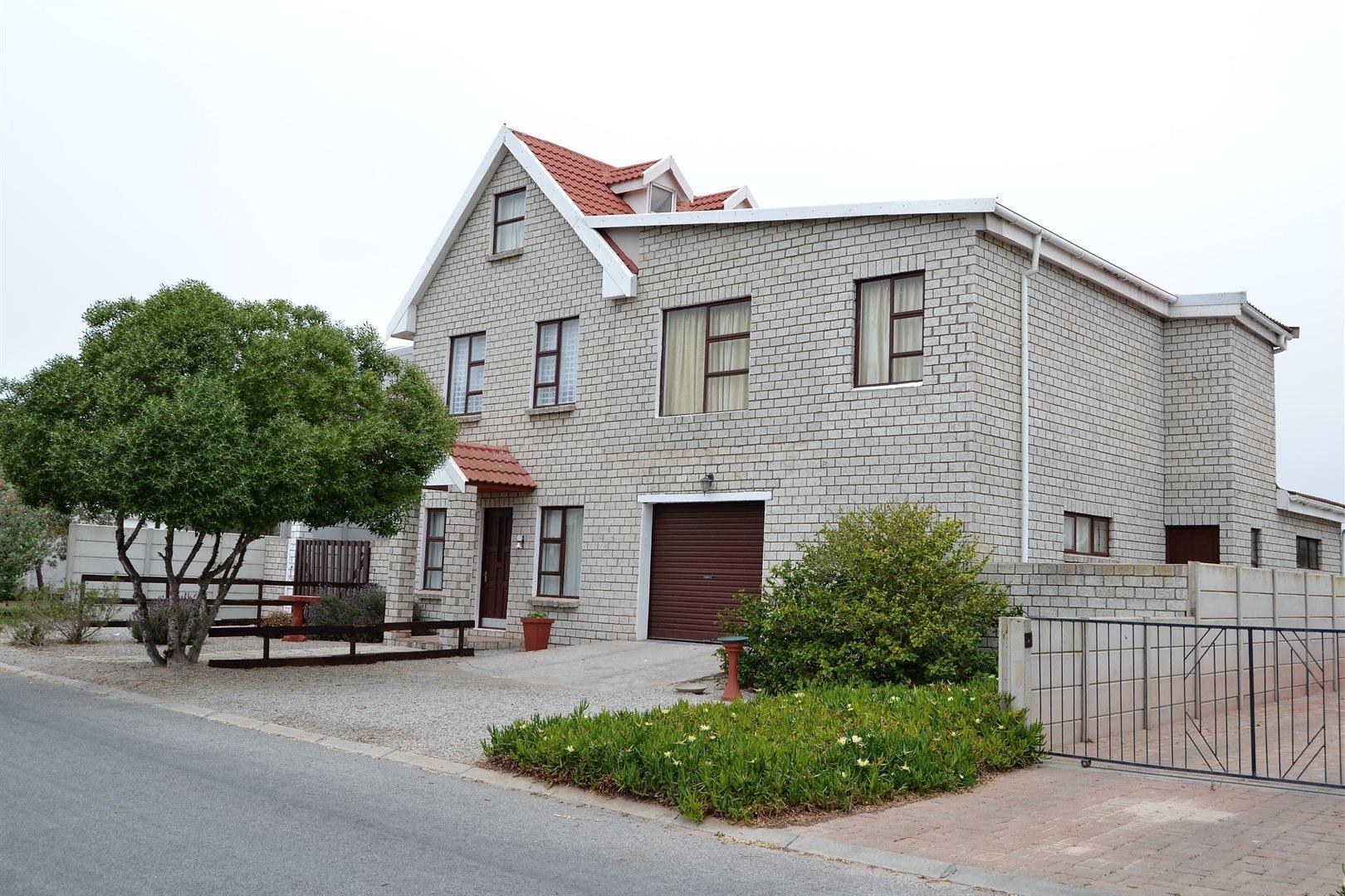 Britannia Bay property for sale. Ref No: 13539081. Picture no 1