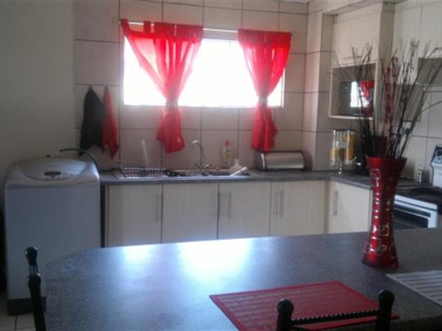 Three Rivers Proper property for sale. Ref No: 13368904. Picture no 12
