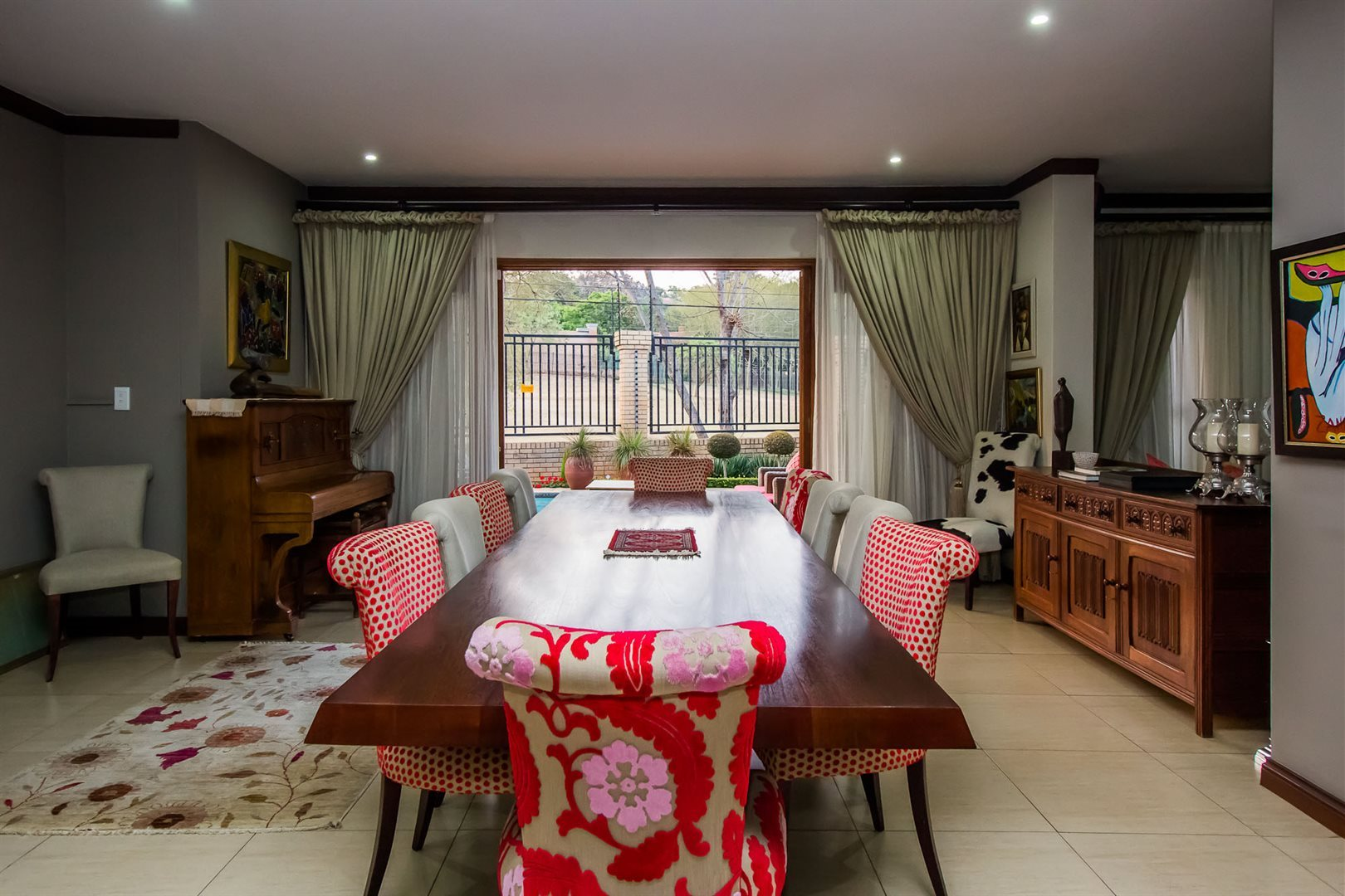 Waterkloof Ridge property for sale. Ref No: 13535230. Picture no 6
