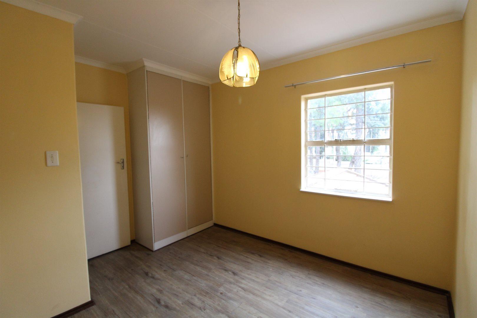 Bryanston property for sale. Ref No: 13552406. Picture no 21