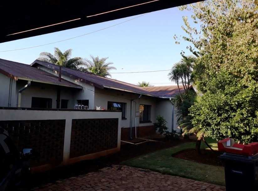 Property and Houses for sale in Eloffsdal, House, 4 Bedrooms - ZAR 1,470,000