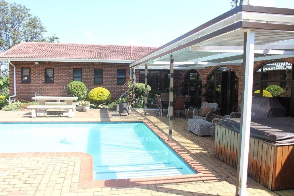 Uvongo property for sale. Ref No: 13529548. Picture no 6