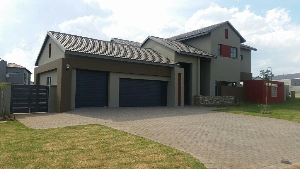 Midstream Ridge Estate property for sale. Ref No: 13379169. Picture no 1