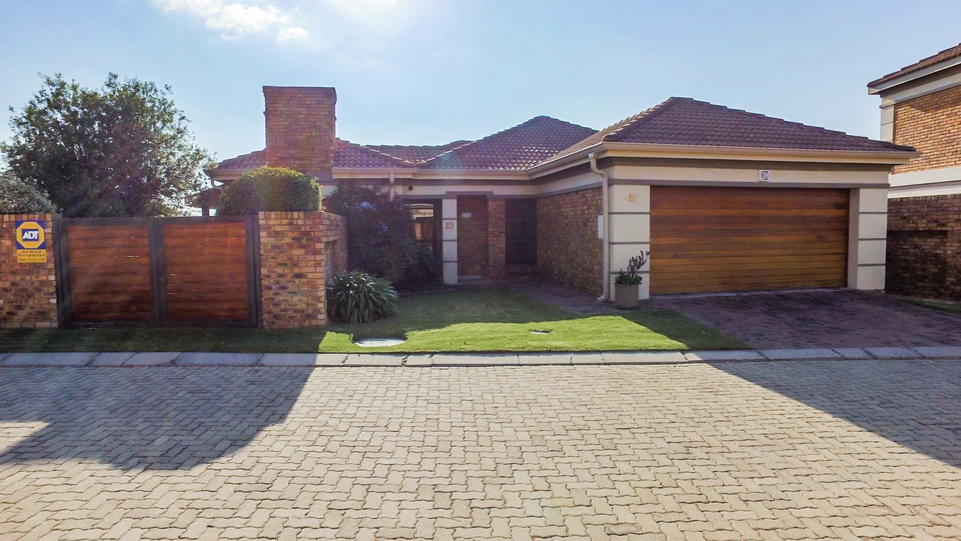 Alberton, New Market Park Property    Houses For Sale New Market Park, New Market Park, House 3 bedrooms property for sale Price:2,195,000