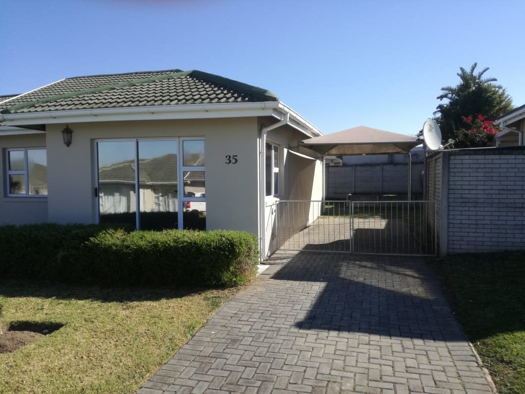 Property for Sale by DLC INC. ATTORNEYS Henry Sutherland, House, 2 Bedrooms - ZAR 885,000