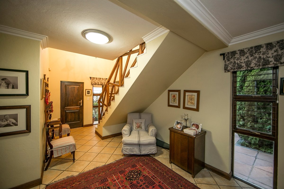 Fourways property for sale. Ref No: 13450350. Picture no 19