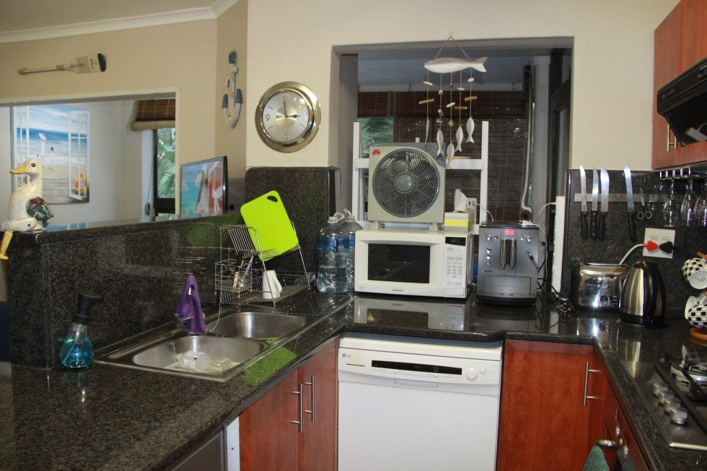 Shelly Beach property for sale. Ref No: 13362092. Picture no 5