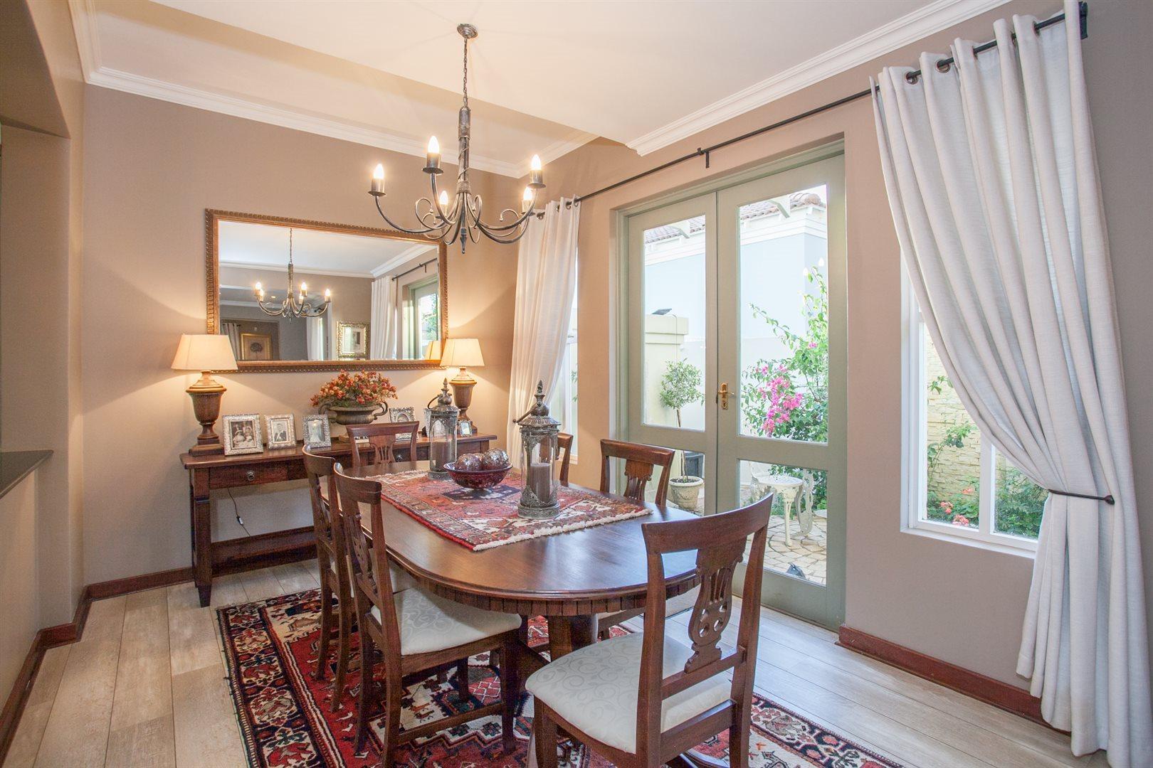 Fernbrook Estate property for sale. Ref No: 13543900. Picture no 5