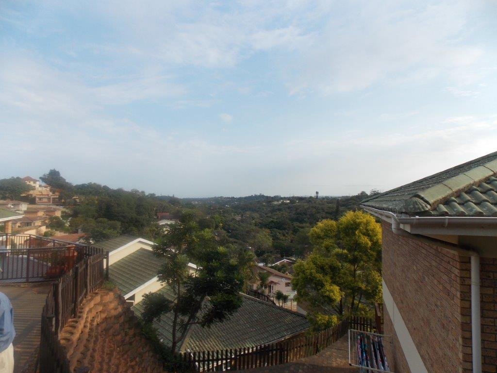 Amanzimtoti property for sale. Ref No: 13372994. Picture no 15