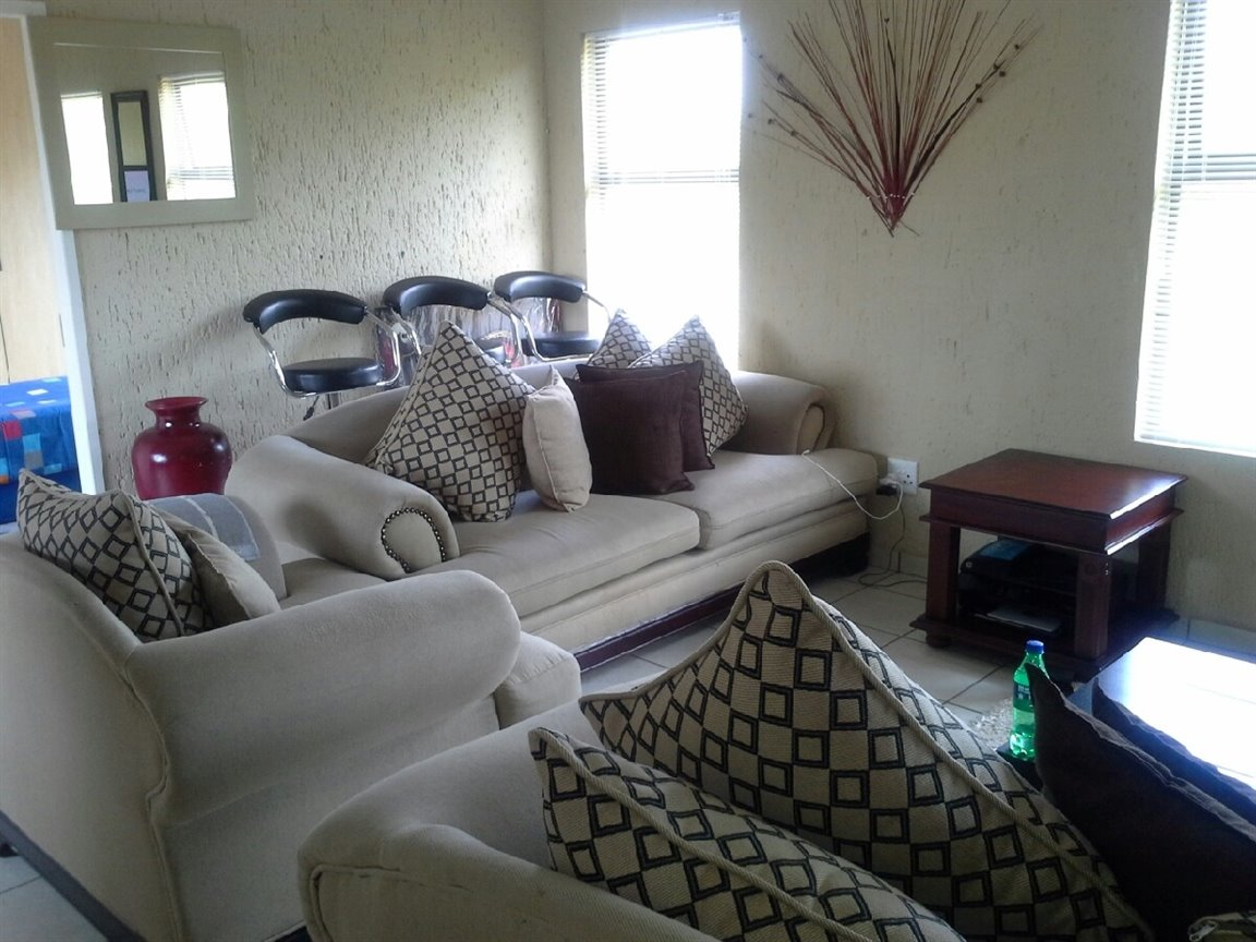 Three Rivers property for sale. Ref No: 12787508. Picture no 6