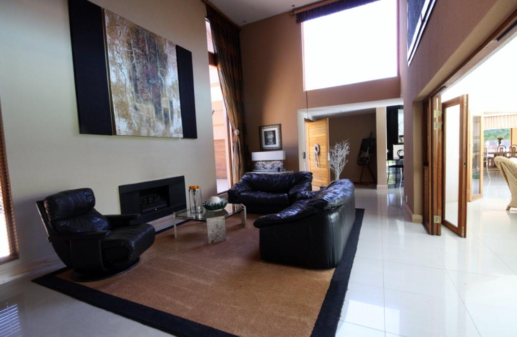 Risiville property for sale. Ref No: 12729469. Picture no 9