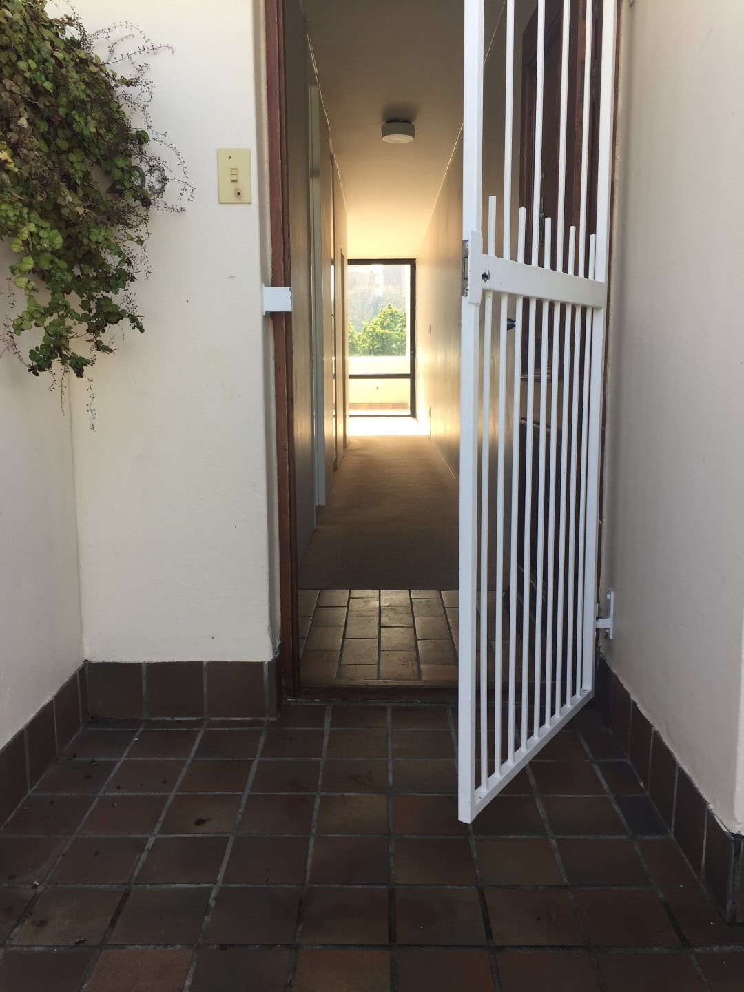 Newlands property to rent. Ref No: 13504641. Picture no 9