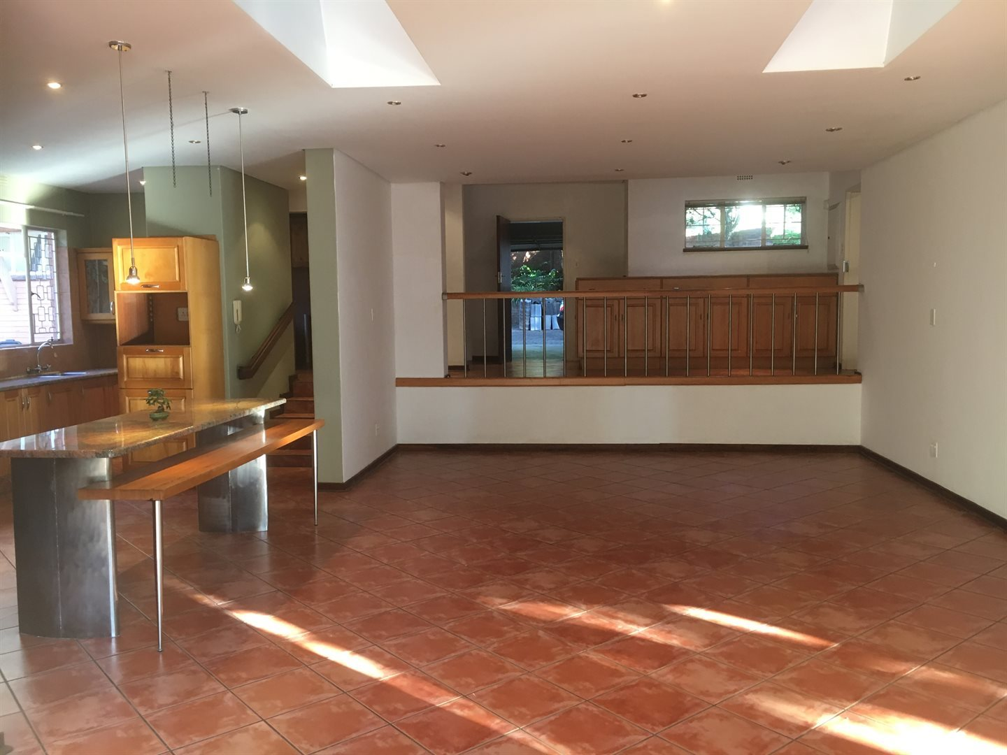 Forest Town property to rent. Ref No: 13613933. Picture no 4