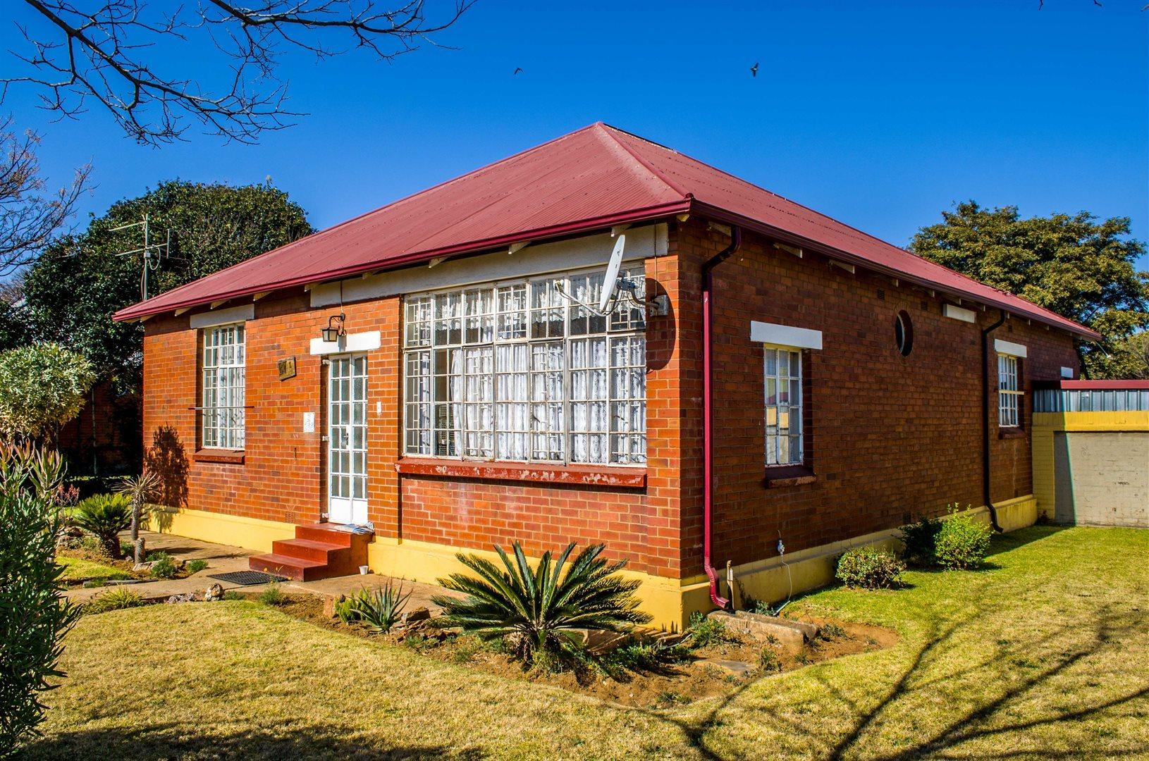Krugersdorp, West Village Property  | Houses For Sale West Village, West Village, House 3 bedrooms property for sale Price:545,000