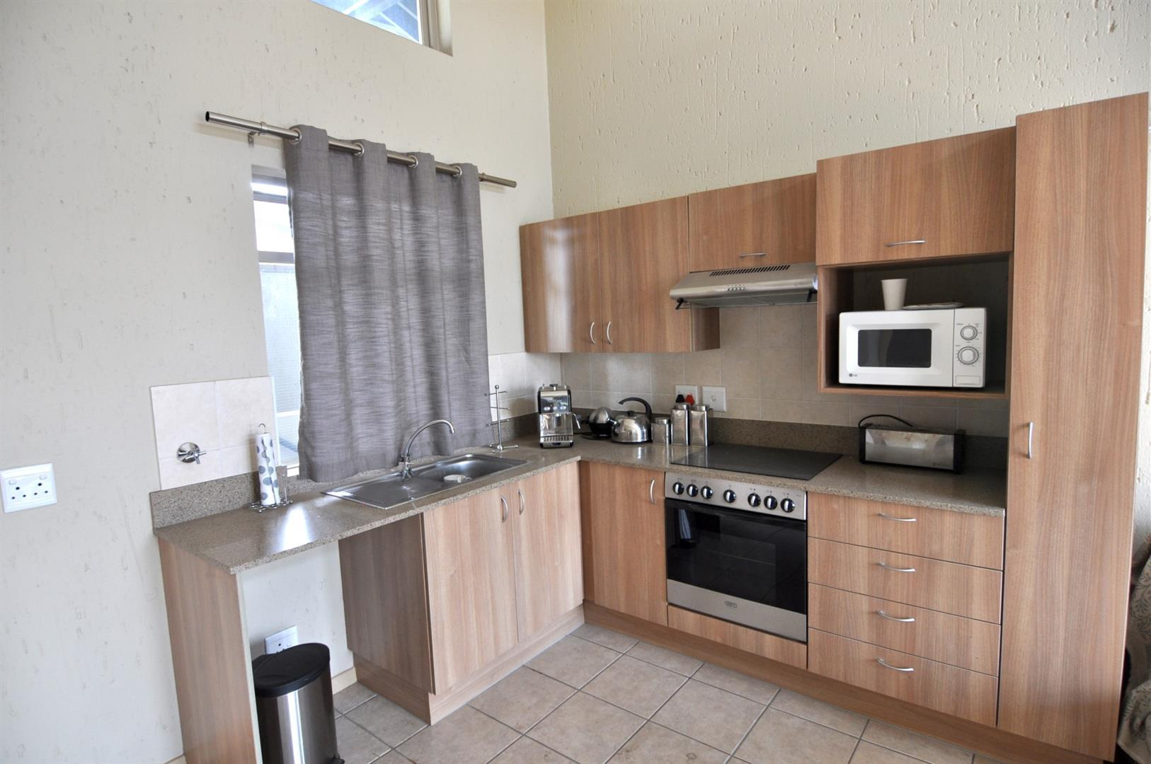 Lonehill property to rent. Ref No: 13435465. Picture no 6