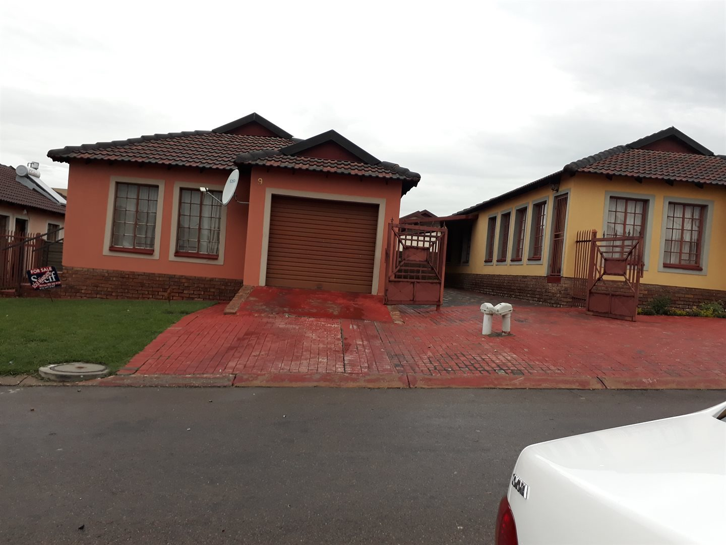 Olievenhoutbosch for sale property. Ref No: 13543173. Picture no 1