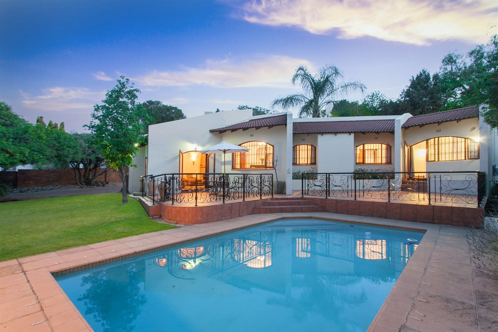 Fourways property for sale. Ref No: 13551719. Picture no 1