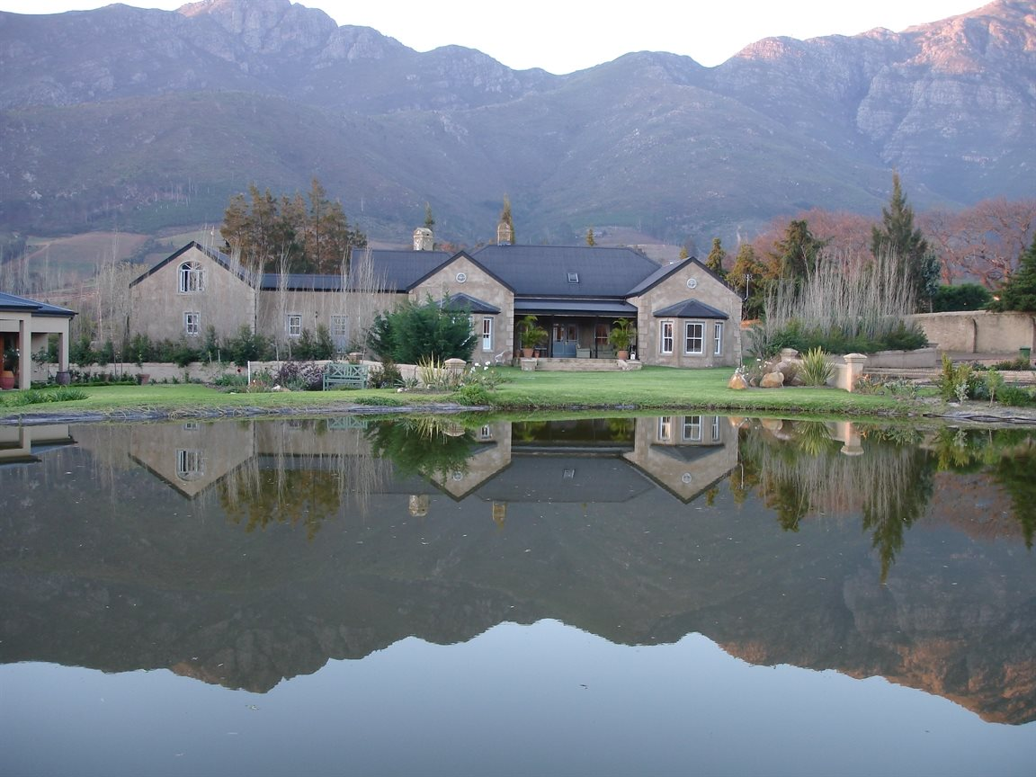 Franschhoek property for sale. Ref No: 13331892. Picture no 1